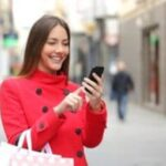 Using Mobile Conquesting for Holiday Marketing